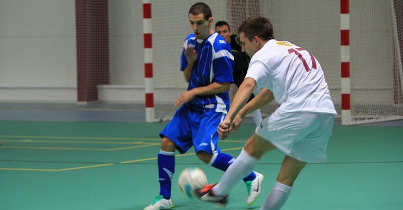 Basic rules of futsal kick in futsal