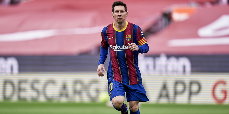Lionel Messi - legendary footballers