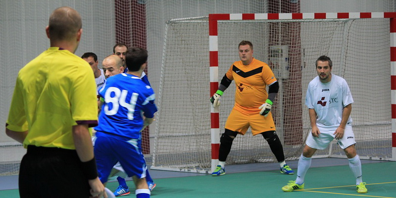The goalkeeper guards the gate futsal laws of the game